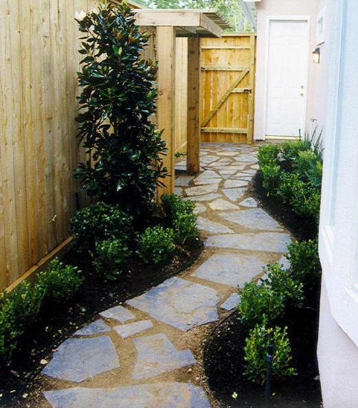 Small spaces gardening interior design styles for Tiny garden spaces